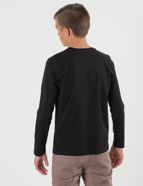 Om Peak Performance barnkläder - JR LONG SLEEVE TEE