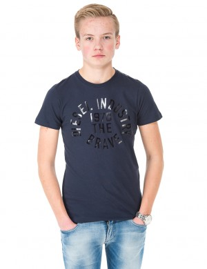 TAIGO SLIM T-SHIRT