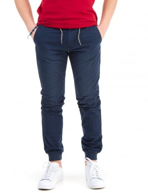 Relaxed slim fit chino with rib cuffs