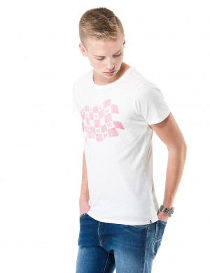 Läs mer om Scotch Shrunk Tee with sporty artwork Vit T-shirt/Linnen till Kille